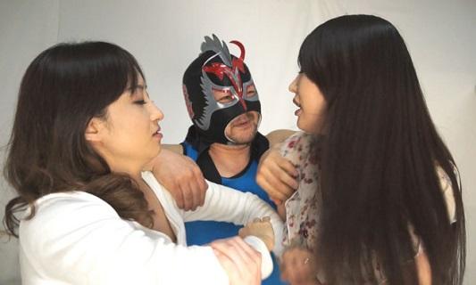 優雅なセレブ人妻プロレスファイト 芦屋静香vs佐伯かのん